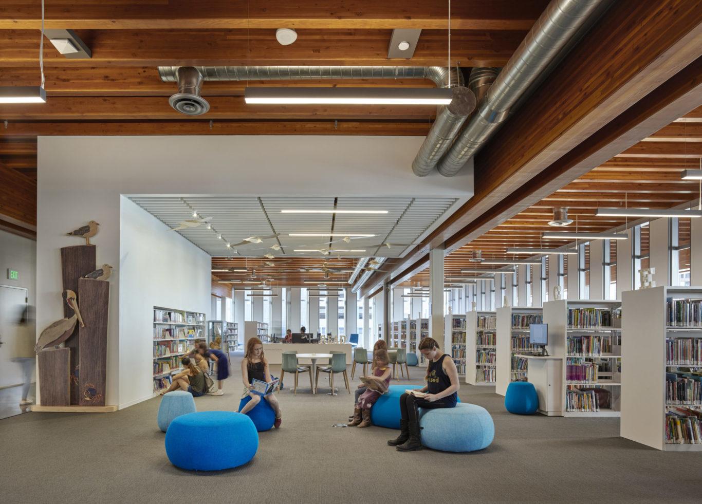 Slide 3 of 15, Billie Jean King Main Library